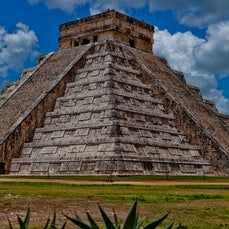 Xichen Itza y Xcaret Mexico - Beautiful parts of Mexico I had never been to but most def recommend!