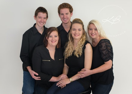 Capture-your-family-with-Kerry - Beautiful glamour family portrait by Logan City Portrait Photographer, Kerry Bergman