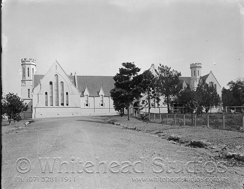 WHD-001-GPL-0010 - Ipswich Boys Grammar  Exterior from drive
