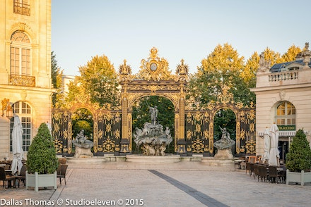 Gates leading out of Place Stanislas - 1071