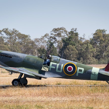 020 Temora WarBirds 020416-4517-Edit