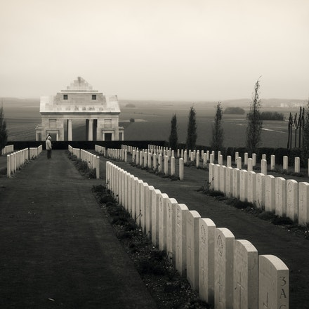 2016 Villers-Bretonneux Military Cemetery