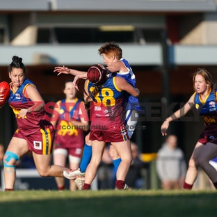 VWFL, Div 2. South Morang v Sunbury Lions at The Lakes Reserve - Pictures by Luke Hemer