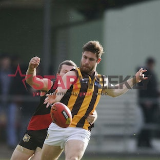 RDFL, Riddell vs Woodend-Hesket - RDFL, Riddell vs Woodend-Hesket. Pictures Shawn Smits