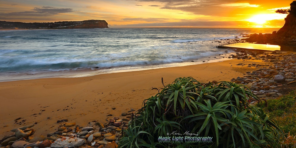Macmasters Sunrise 12 Nov 2015 IMG_2225 1500 panorama 1