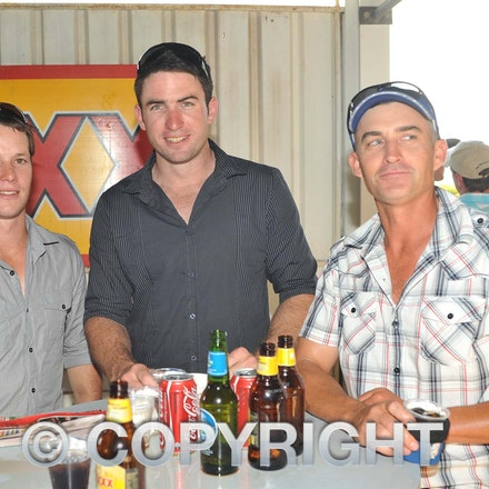 100925_SR1_8245 - at the Longreach Races, Saturday September 25, 2010.  sr/Photo by Sam Rutherford.