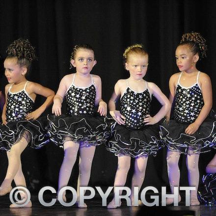 161112_SR23141 - Longreach School of Dance production of Wonka, Saturday November 12, 2016